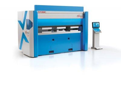 2) Elektryczna prasa krawędziowa nowej generacji Euromac FX Bend 2550 również korzysta z technologii sterowania ruchem NSK. Zdjęcie: Euromac