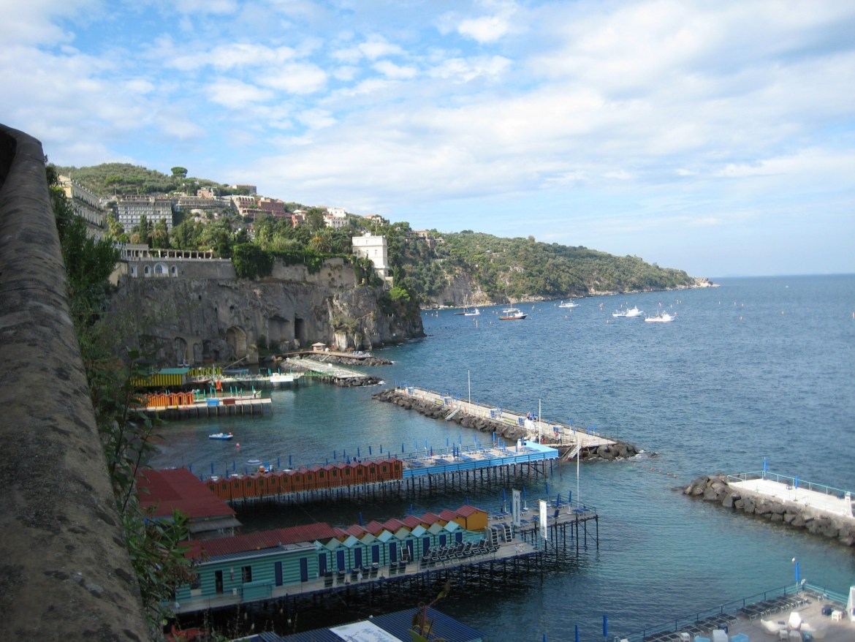 Italy – Platform beaches