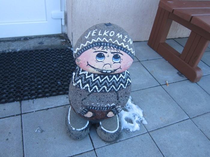 door stop in iceland