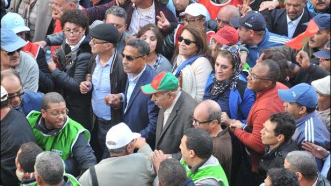 مشروع القانون التنظيمي للإضراب يفجر مواجهة جديدة بين النقابات والحكومة