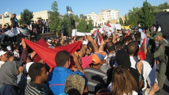 النقابات التعليمية تدعو إلى مسيرات احتجاجية جهوية الأحد 18 دجنبر الجاري