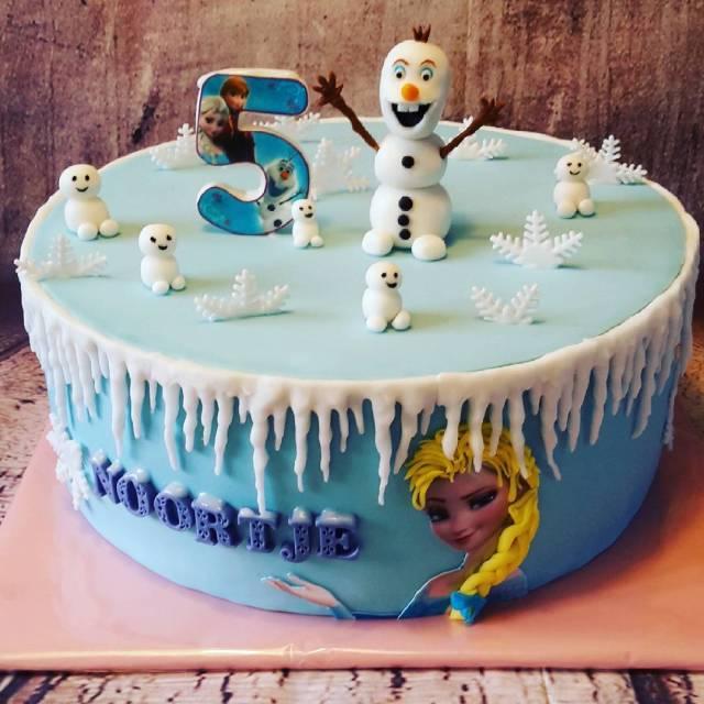 Happy Birthday Noortje happybirthday verjaardagstaart frozen noortje instacake instacakedesign smartflexvelvethellip