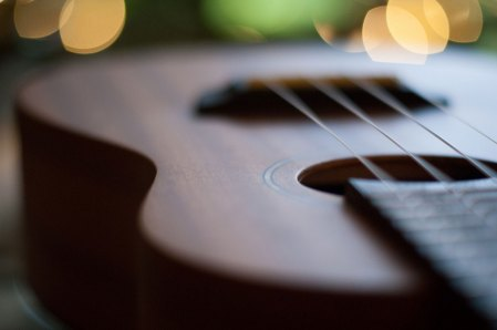 soutenir-ukulele-tabukulele