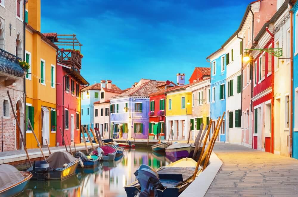 イタリア ブラーノ島