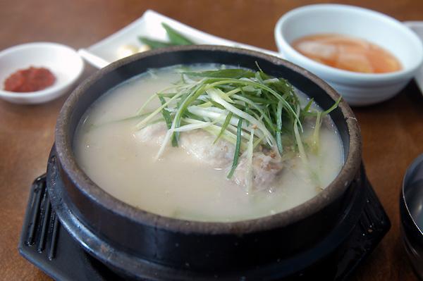 東莱蔘鷄湯