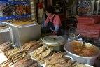 在Jagalchi市场的烤鱼
