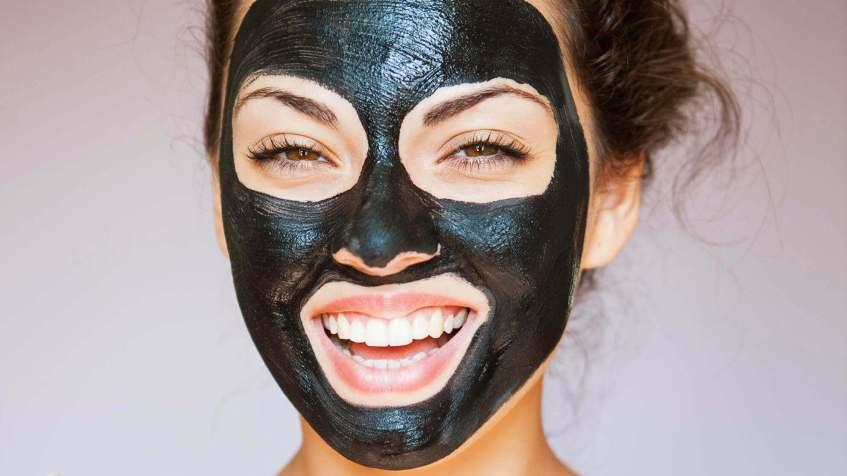 2. Charcoal face masks - Tabib.pk
