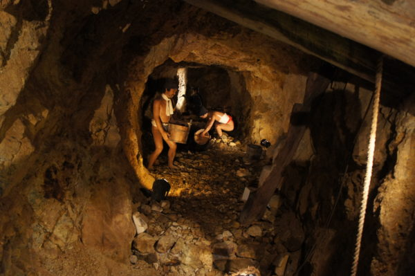 Innerhalb der alten Goldmine