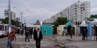 Der Boulevard nebst Wohnviertel nahe des Busbahnhofs