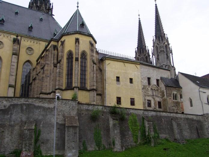 Der Dom und Teile des Palastes