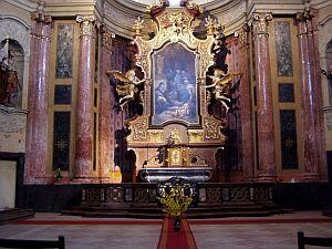 Altar der St. Johann-Nepomuk Kirche