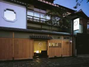 京の小宿宮川町 よし井 写真