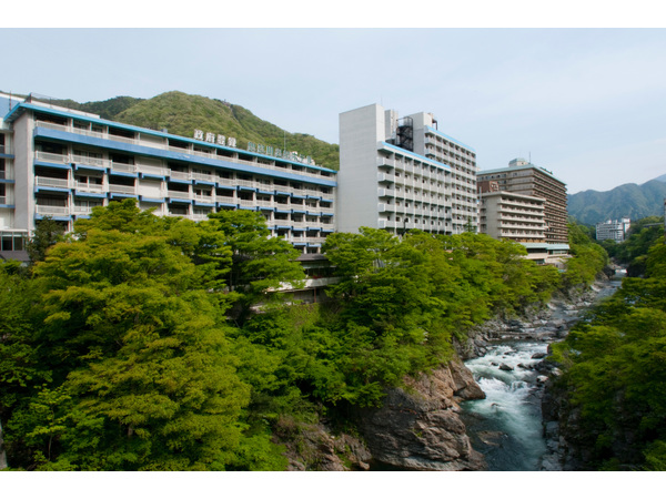 鬼怒川温泉ホテル 写真1