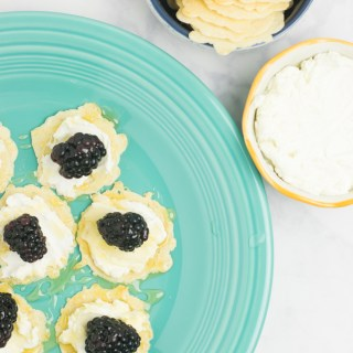 4-Ingredient Goat Cheese, Honey, and Fruit Appetizer
