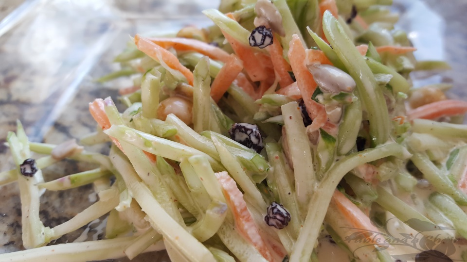 5 Minute Broccoli Slaw