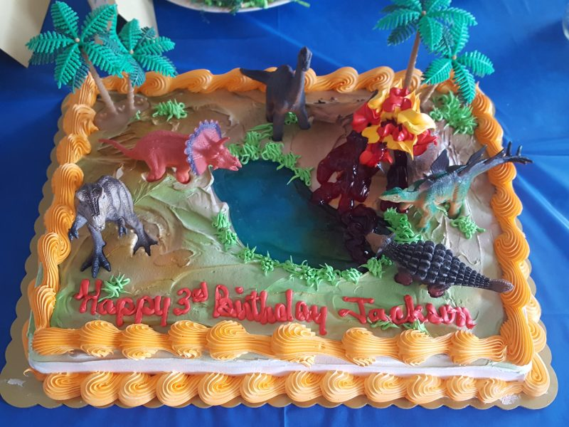 The Cake, Easy food for a dinosaur birthday party.