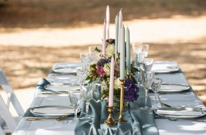 dusty blue tafelstyling bruiloft Table Moments