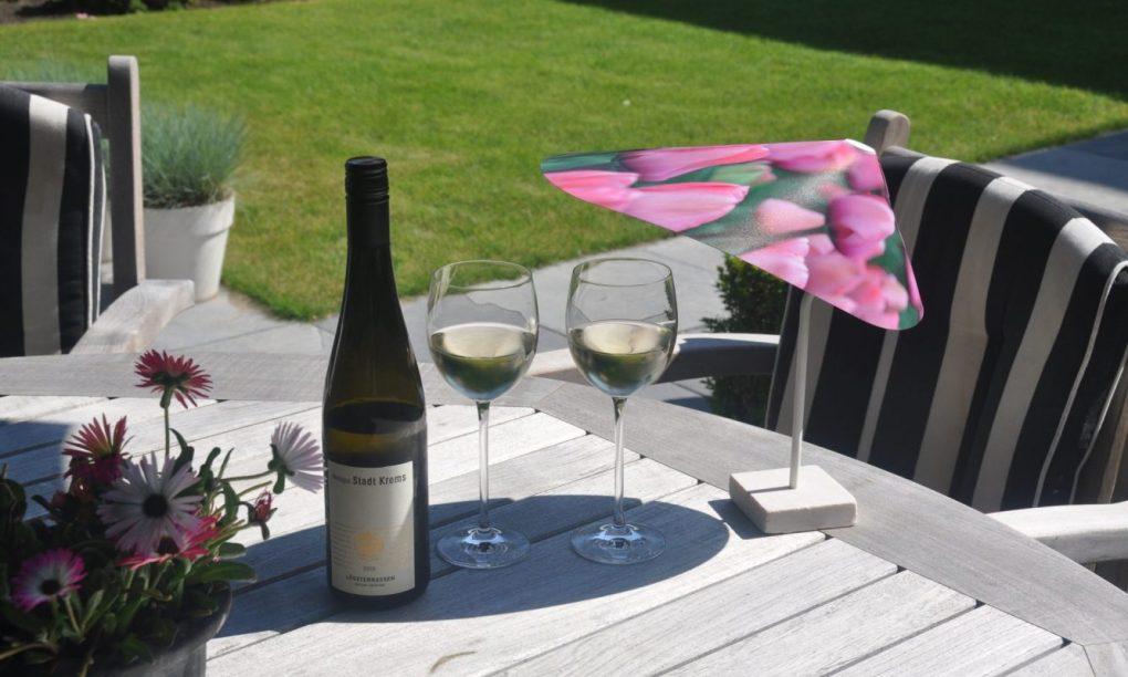 TableSol Mini Parasol for your drinks. TableSol Mini Parasol voor je drankje. TableSol Mini Sonnenschirme fur ihre Getränke.