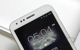 asus-padfone-2-smartphone-weiß