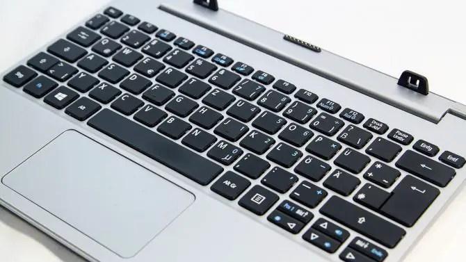 Acer Aspire Switch 10 Tastur Dock im Test
