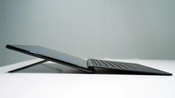Acer Switch 7 Black Edition Anschlüsse