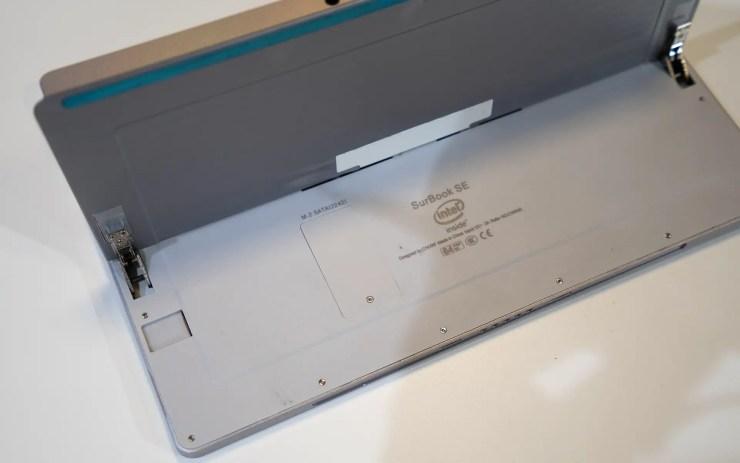 Chuwi SurBook Se mit MicroSD Slot