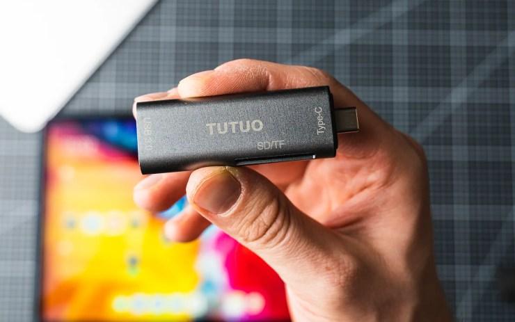 iPad Pro mit TUTUO USB C Stick
