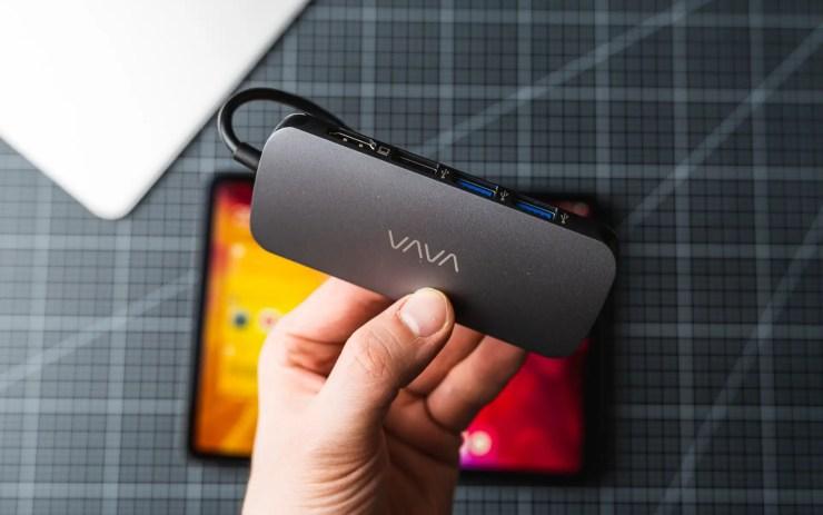 iPad Pro mit VAVA 9-in-1 USB C Hub