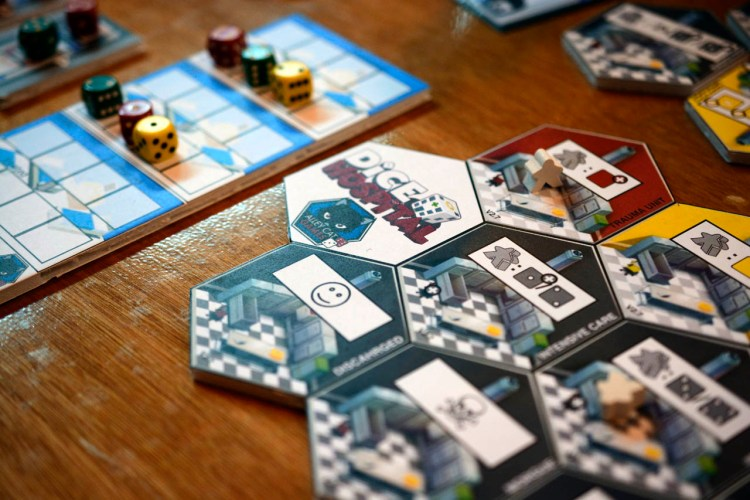 UK Games Expo 2017 Press Preview - Dice Hospital 2