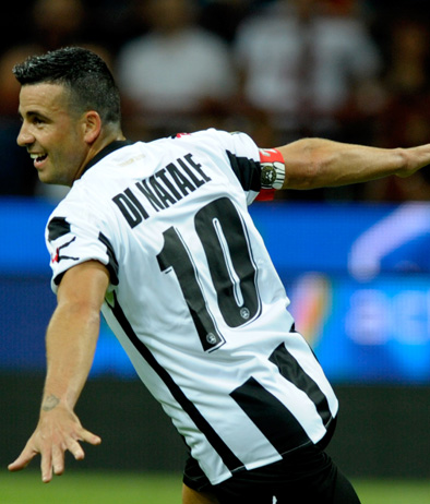 MILAN, ITALY - SEPTEMBER 21: Antonio Di Natale of Udinese Calcio celebrates after scoring the first goal during the Serie A match between AC Milan and Udinese Calcio at Stadio Giuseppe Meazza on September 21, 2011 in Milan, Italy. (Photo by Claudio Villa/Getty Images)