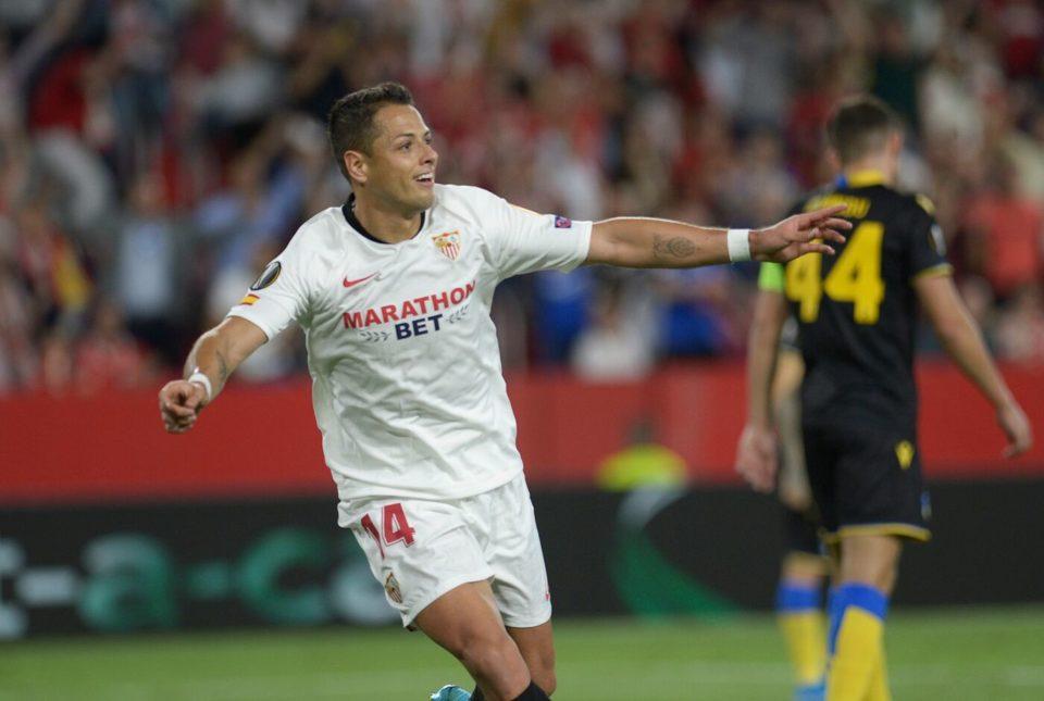 Chicharito scores vs APOEL