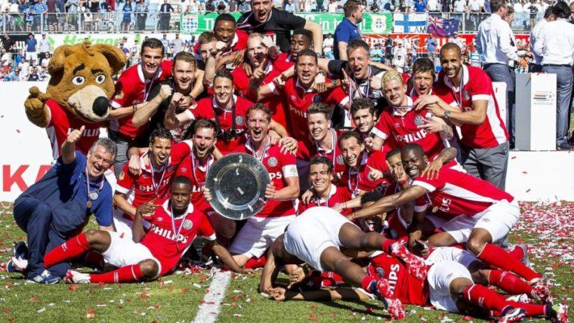 PSV celebrates 2016 league