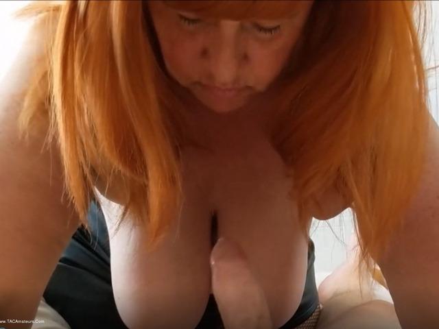 MrsLeather - Titty Fucking A Neighbour Pt2