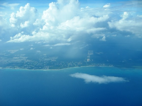 flying from cancun to belize on tropic air