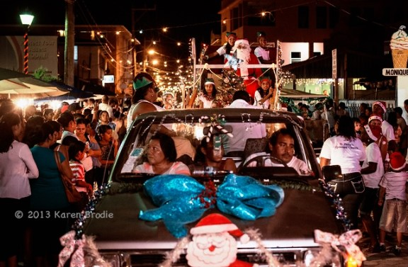 annual love fm christmas parade san pedro town