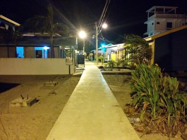 placencia sidewalk