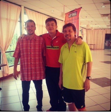 Coach Andrew with the legendary doubles pair that rules the world and mentor (Razif and Jalan Sidek