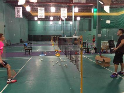 coach-andrew-in-mandarin-badminton-club-toronto-canada-2016