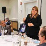 Comisionada invita a la Junta ayudar en el Congreso y Casa Blanca para evitar crisis de salud