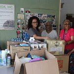 UPRH distribuye ayudas enviadas por Palm Beach County Cares