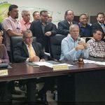 Alcaldes populares le llevaran protesta al Gobernador ante lentitud con restablecer energía eléctrica