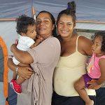 Familia luquillense: Continúa viviendo en cancha bajo techo (VIDEO)