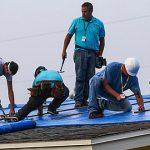 Los contratistas del Cuerpo de Ingenieros completan la instalación de Techo Azul número 50,000