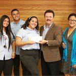 Alcalde de Carolina otorga $5,000 a clases graduandas