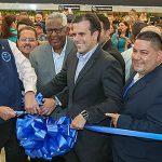 Reapertura e inversión en Humacao: Walmart reabre Supercenter luego del paso del huracán María