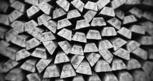 الفضة تتعثر