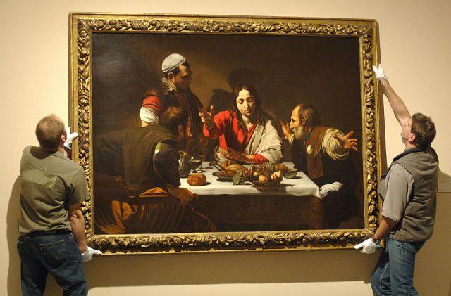 la cena di emmaus di caravaggio e i suoi simboli nascosti