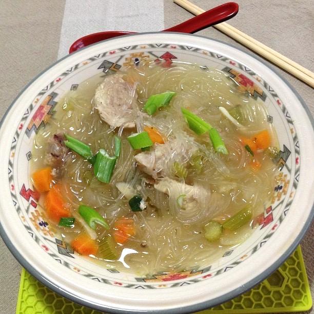 Filipino sotanghon noodle soup