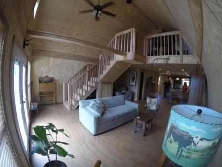 24x40 - Interior