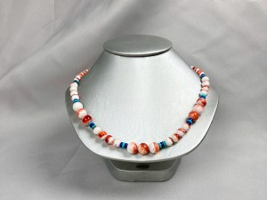 Round Beads Spiny Oyster Necklace